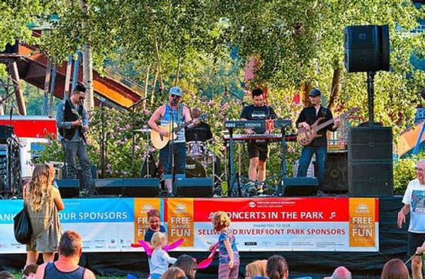 520_Riverfront_concerts_002_WEB