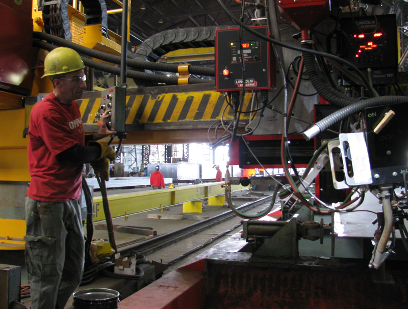 Overhead welding unit with Sellwood steel